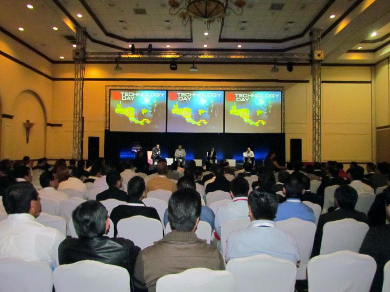 technology-day-guatemala-2013-2